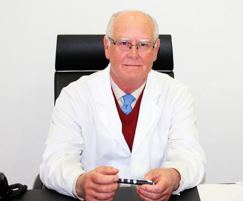 Médico estético en Sevilla Doctor Enrique Carrasco Sáinz